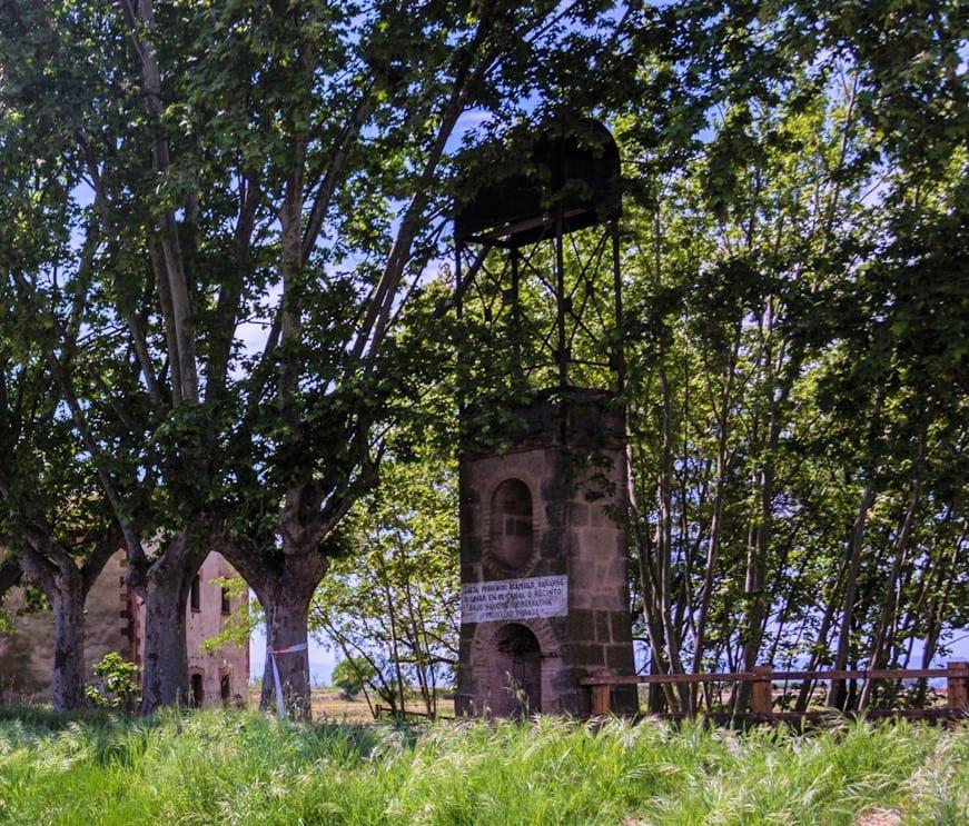 Pilar dels Fondets al costat del Salt del Duran_Foto de Ramon Oromí